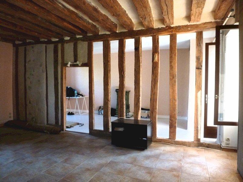 77 Écuelles maison de Muguett artiste peintre salon cheminée en pierres